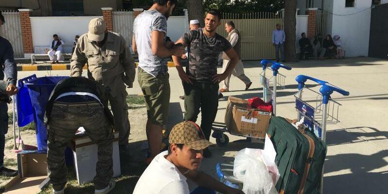 Ankunft in Kabul - Foto: Qiam Noori