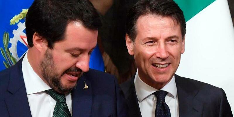 Salvini und Conte - Foto: Claudio Peri/ANSA/AP