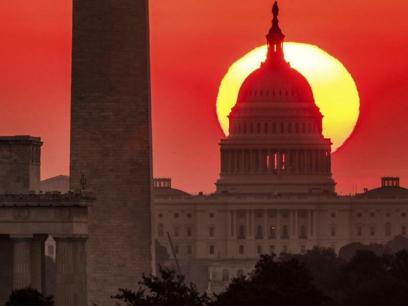 Washington in Rot - Foto: J. David Ake/AP