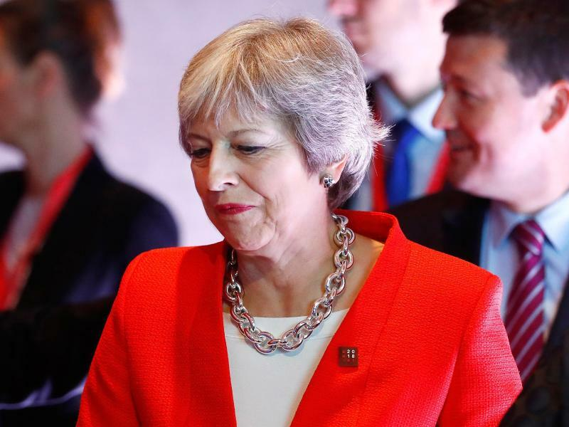 Theresa May - Foto: Matthias Schrader/AP