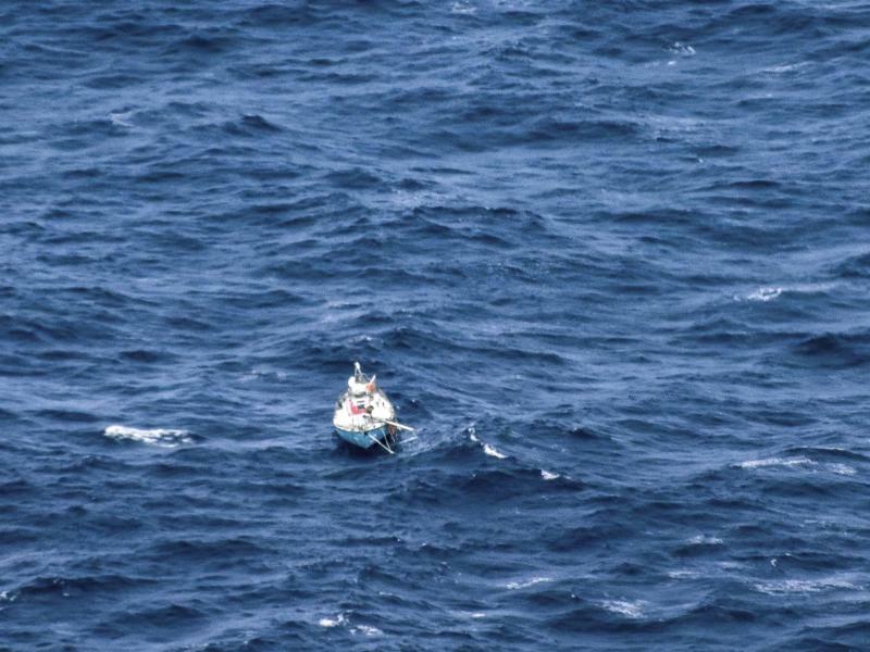 Weltumsegler im Indischen Ozean gerettet - Foto: Uncredited/AMSA/AP