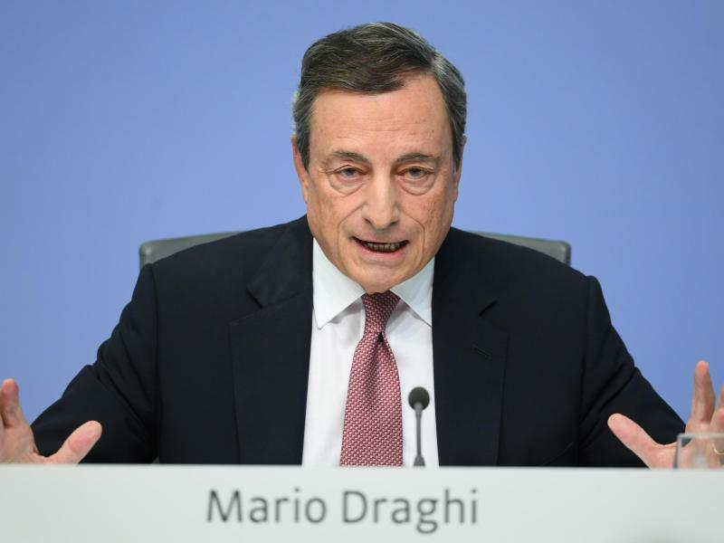 EZB-Chef Draghi - Foto: Arne Dedert