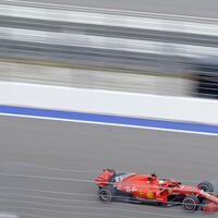 Training - Foto: Sebastian Vettel ist beim Training am Freitag nur die fünftschnellste Zeit gefahren. Foto:Sergei Grits/AP