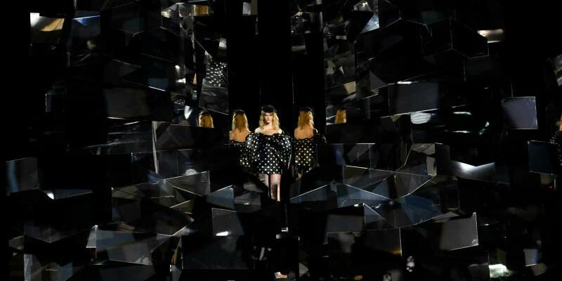 Paris Fashion Week - Celine - Foto: Xinhua