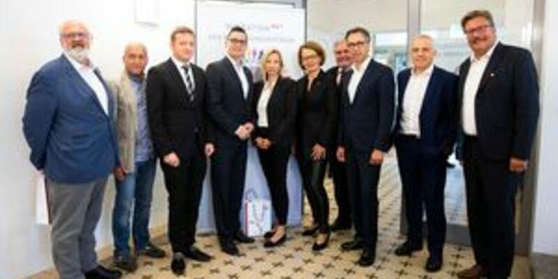 Delegation - Foto: BKA/Dunker, pressetext.de