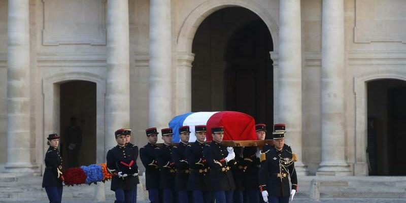Gedenkfeier für Chanson-Star Aznavour - Foto: Christophe Ena
