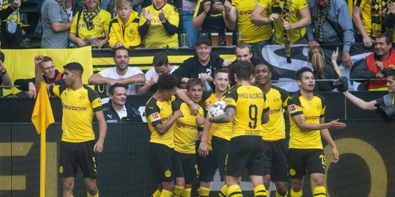 Siegreiche Dortmunder - Foto: Bernd Thissen