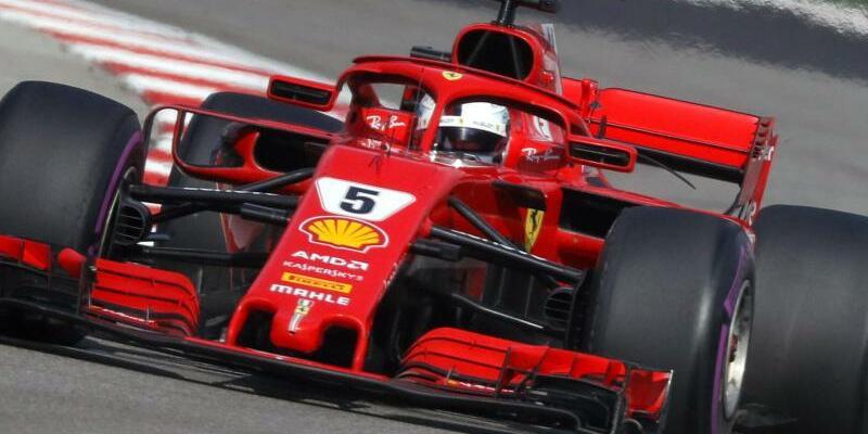 Vettel im Ferrari - Foto: Yuri Kochetkov/EPAPOOL/AP