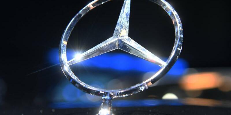 Mercedes-Benz - Foto: Uli Deck/Illustration