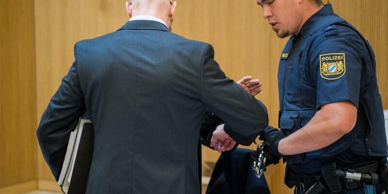 Prozess um Raubmord in Höfen - Foto: Peter Kneffel