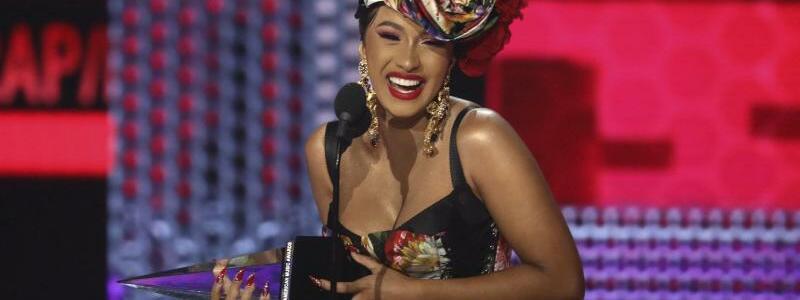 American Music Awards - Cardi B - Foto: Cardi B wurde als beliebteste Rap/Hip-Hop Künstler/in ausgezeichnet. Foto:Matt Sayles