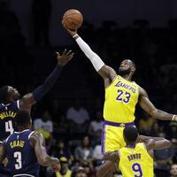 «King» James - Foto: Gregory Bull/AP