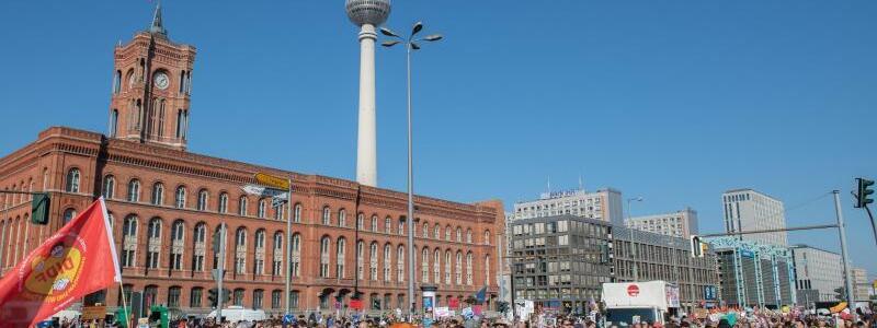Demo gegen Rassismus in Berlin - Foto: Paul Zinken