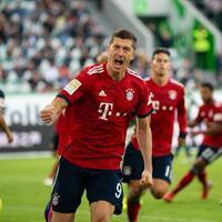 VfL Wolfsburg - FC Bayern München - Foto: Swen Pförtner