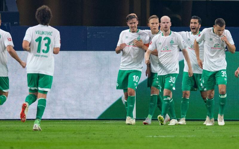 FC Schalke 04 - Werder Bremen - Foto: Guido Kirchner