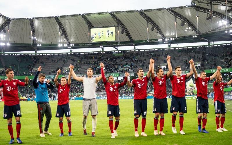 Bayern-Jubel - Foto: Swen Pförtner