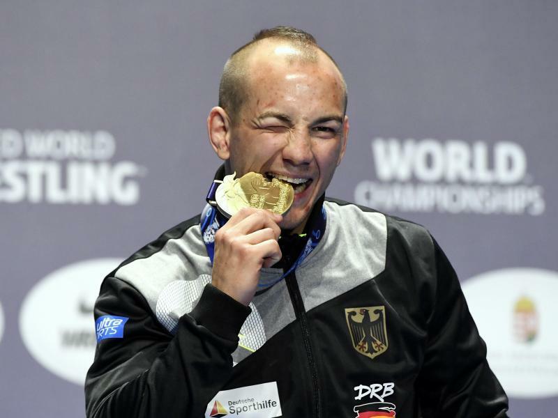 Weltmeister - Foto: Szilard Koszticsak/MTI/AP