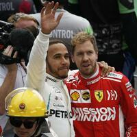 Gratulation - Foto: Marco Ugarte/AP