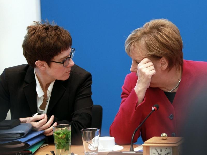 Annegret Kramp-Karrenbauer und Angela Merkel am 29.10.2018 - Foto: über dts Nachrichtenagentur