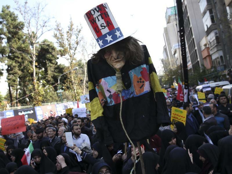 «Nieder mit den USA» - Foto: Vahid Salemi/AP