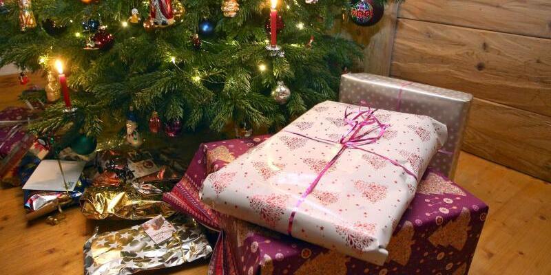 Weihnachtsgeschenke - Foto: Karl-Josef Hildenbrand