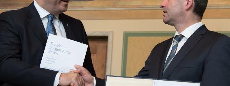 Koalitionsvertrag - Foto: Sven Hoppe