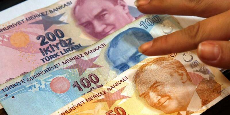 Währungskrise in der Türkei - Foto: Lefteris Pitarakis/AP/dpa