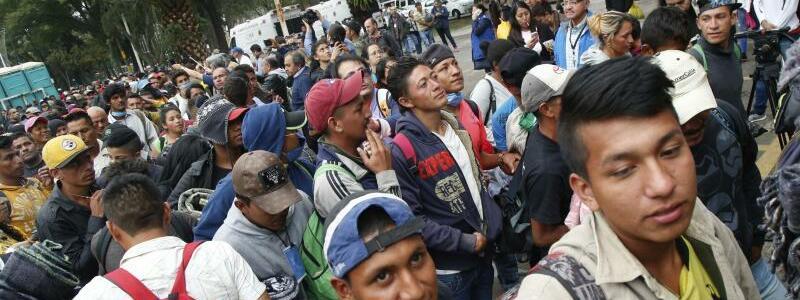 Mittelamerikanische Migranten - Foto: Anthony Vazquez/AP