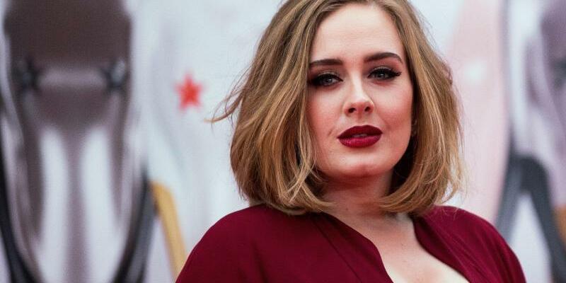 Adele - Foto: Andrew Cowie/EPA