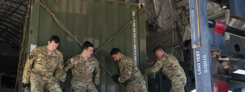 Vorbereitung - Foto: Airman 1st Class Zoe Wockenfuss/U.S. Air Force/AP