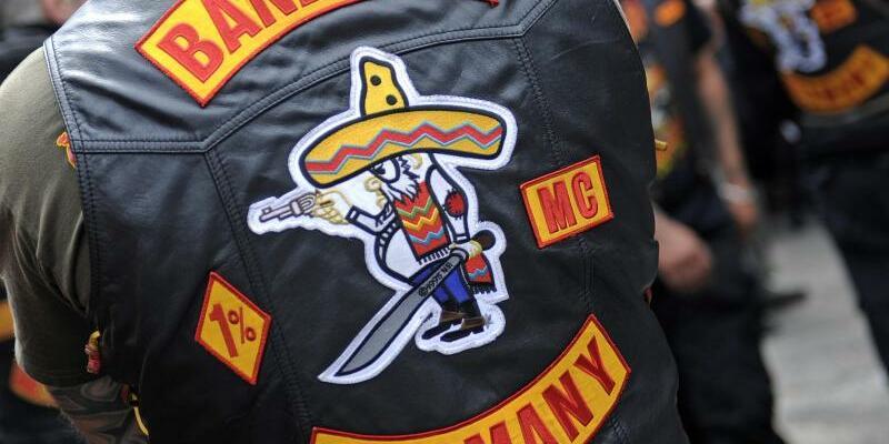 «Bandidos» - Foto: Jetzt auch gerichtlich bestätigt: «Bandidos» dürfen ihre Kutten nicht öffentlich tragen. Foto:Marius Becker/Archiv