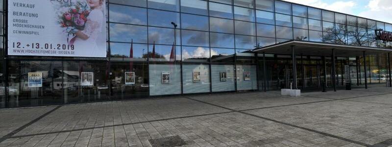 Siegerlandhalle - Foto: Das Landgericht Siegen verhandelt wegen des erwarteten großen öffentlichen Andrangs in einem Tagungszentrum. Foto:_Henning Kaiser