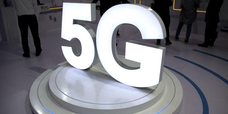 Mobilfunkgeneration 5G - Foto: Mark Schiefelbein/AP