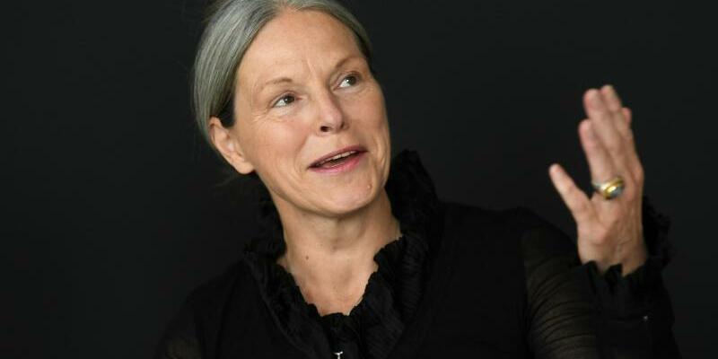 Sabine Schormann - Foto: Die neue documenta-Geschäftsführerin Sabine Schormann spricht während ihres ersten öffentlichen Auftritts. Foto: