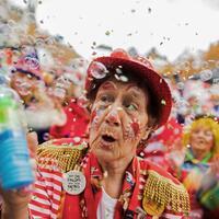 Karneval in Köln - Foto: Ob Karneval, Fastnacht oder Fasching: In vielen Regionen Deutschlands beginnt am 11.11. wieder die närrische Zeit. Foto:Rolf Vennenbernd
