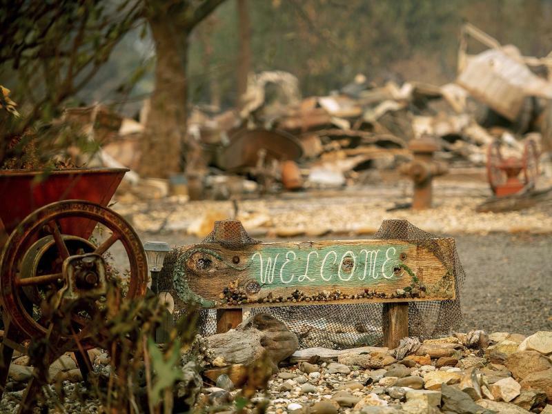 Willkommen ... - Foto: Noah Berger/AP