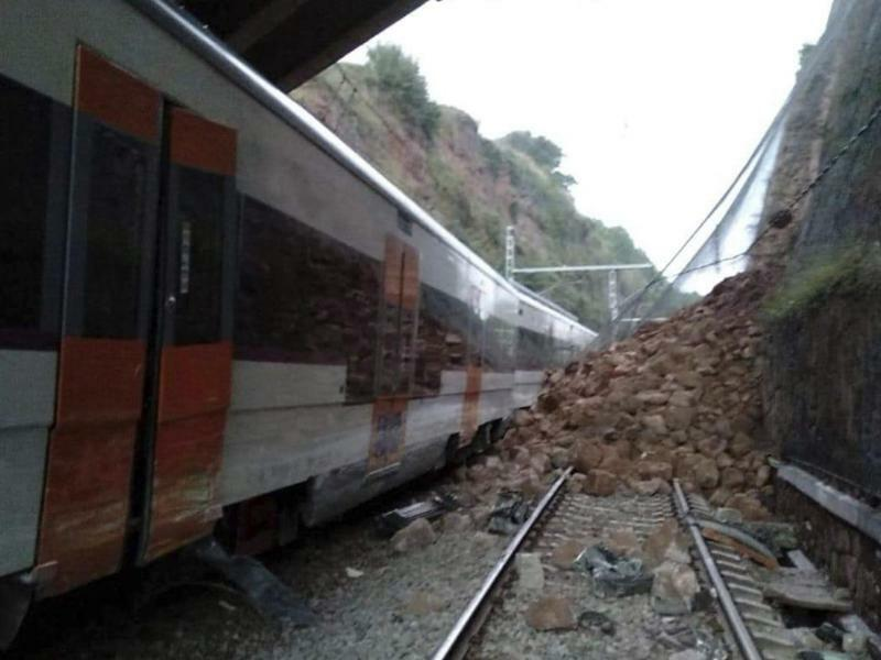 Zugunglück in Spanien - Foto: Anti-radar Catalunya/AP
