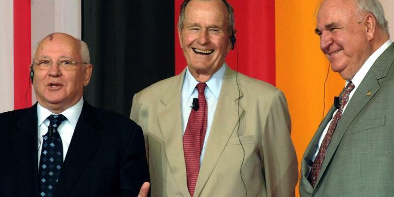 Gorbatschow, Bush und Kohl - Foto: dpa/Archiv