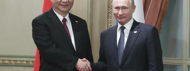 Xi und Putin in Buenos Aires - Foto: Xie Huanchi/XinHua
