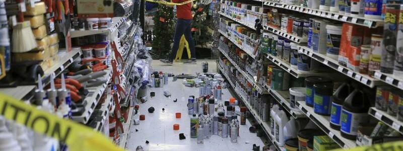 Baumarkt in Anchorage nach dem Beben - Foto: Dan Joling/AP