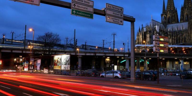 Straßenverkehr in Köln - Foto: Oliver Berg