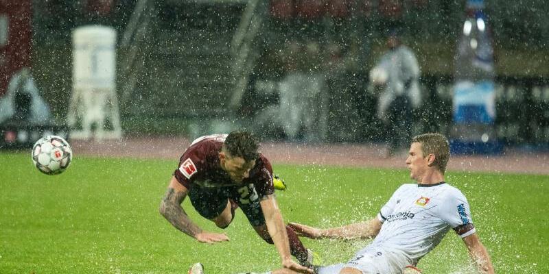 Regenschlacht - Foto: Nicolas Armer