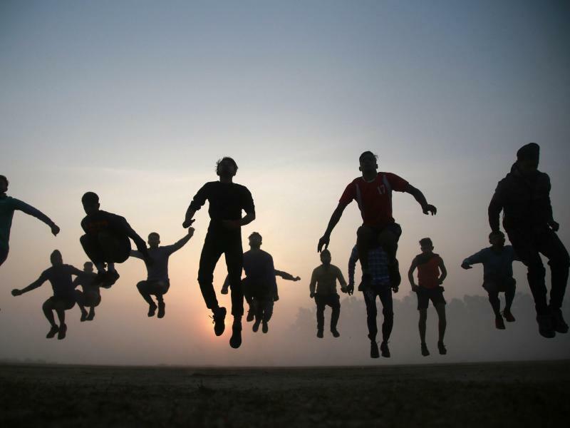Schweben - Foto: JMU-Ankur SETHI/PTI