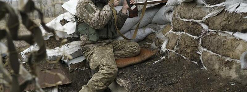 Frontlinie - Foto: Evgeniy Maloletka/AP
