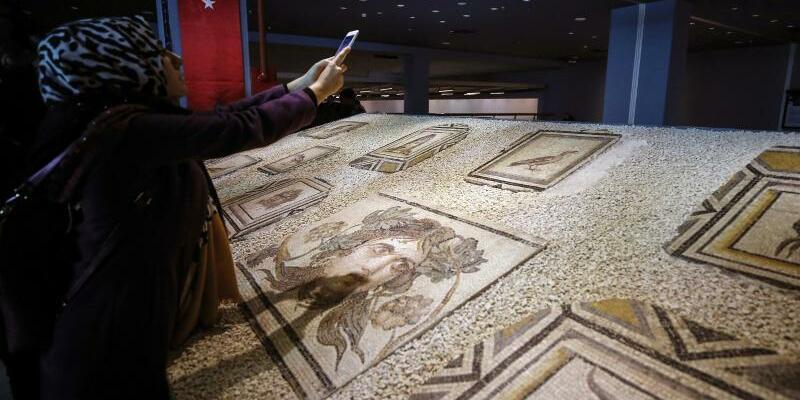 Antike Mosaikteile - Foto: Emrah Gurel/AP