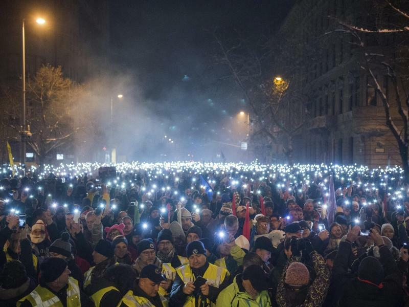 Demonstration in Budapest - Foto: