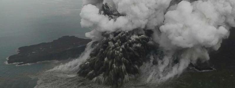 Vulkan Anak Krakatau - Foto: Nurul Hidayat/Bisnis Indonesia/AP