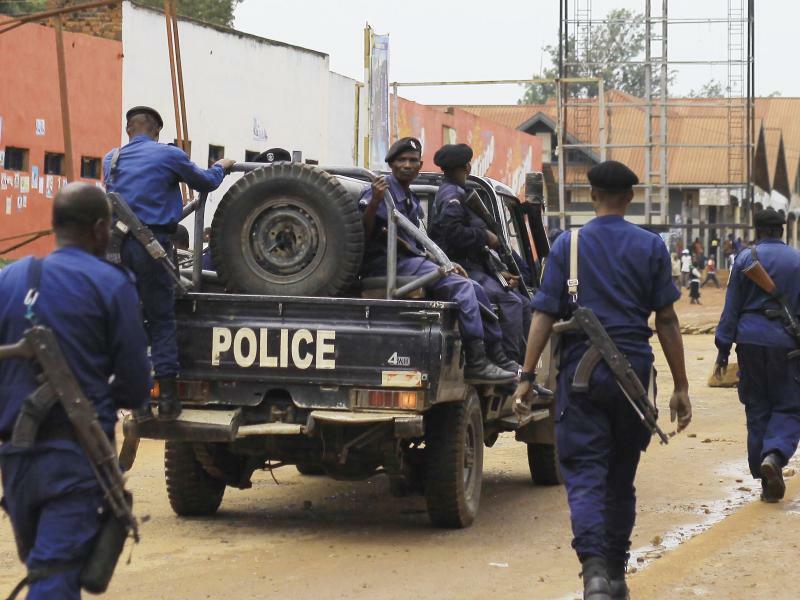 Vor der Wahl im Kongo - Foto: Al-Hadji Kudra Maliro/AP