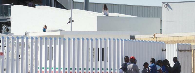 Migranten - Foto: Haitianische Migranten warten in Tijuana auf eine Chance, die Grenze zwischen Mexiko und den USA zu überwinden. Foto:Alejandro Zepeda/EFE