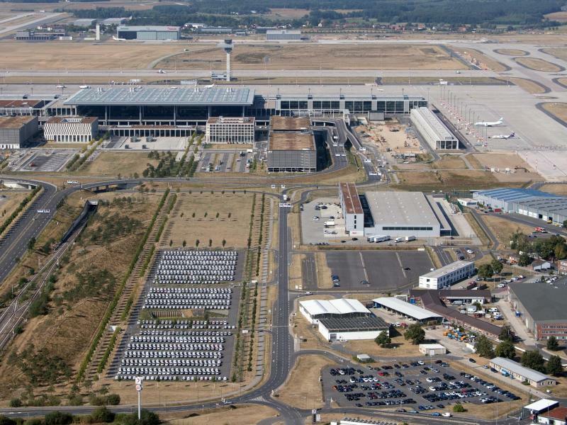 Hauptstadtflughafen BER - Foto: Ralf Hirschberger/Archiv